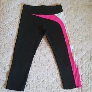 Fabletics cropped leggings black, white, pink